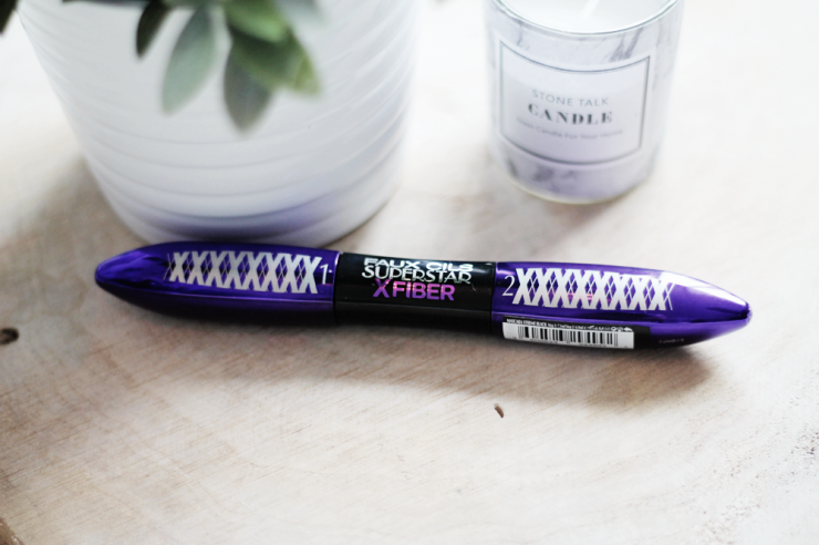 Le mascara False Lash Superstar X Fiber de l'Oréal